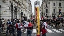 Com Castillo na frente, júris iniciam revisão de votos no Peru