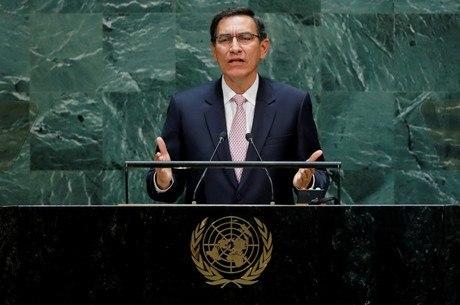 Vizcarra sofreu impeachment na segunda-feira (10)