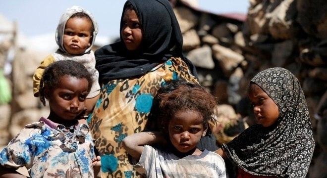 'Crianças e civis nunca deveriam ser alvos', afirmou a CEO da Save the Children