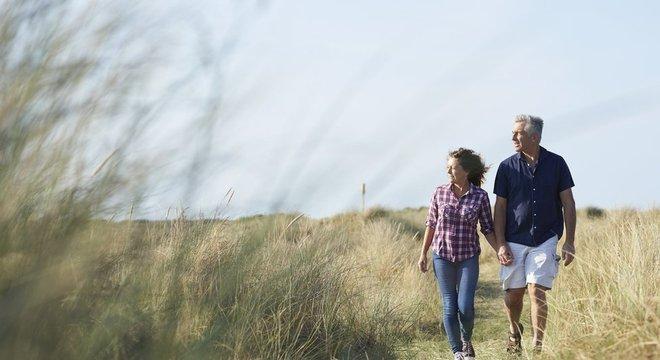 Caminhar é um exercício simples e acessível a todos