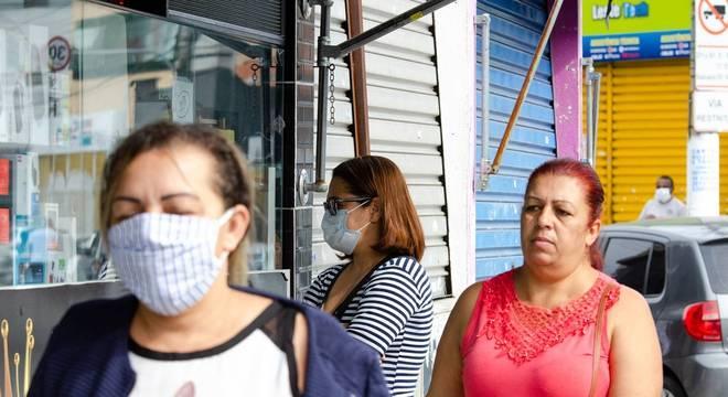 Botucatu e Campinas são mais as multadas pelo não uso de máscaras