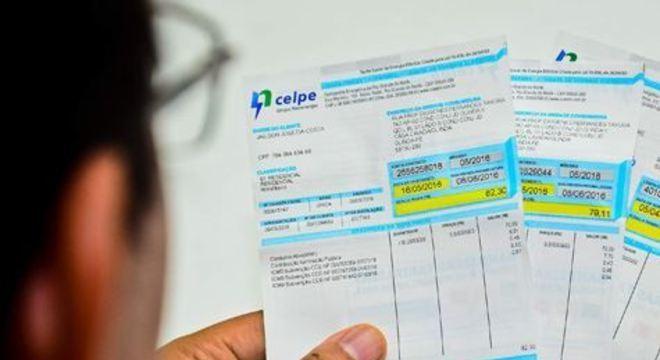 Pessoas inscritas no Cadastro Único podem solicitar adesão ao programa pelo número (81) 3217-6990 ou pelo site www.celpe.com.br