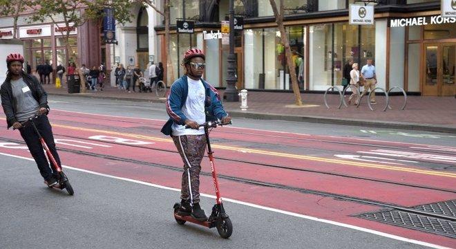 Em abril, a Polícia Metropolitana de Londres anunciou que iria aumentar a repressão ao uso de patinetes elétricos para aumentar a segurança nas ruas