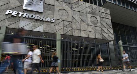 Conselheiros da Petrobras pedem para deixar e empresa