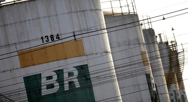 Petroleiros anunciaram greve de 72 horas para a próxima semana