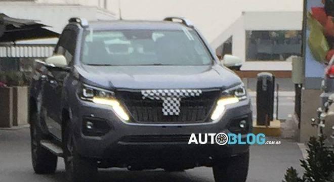 A Peugeot já confirmou que o modelo será comercializado no Brasil em um anúncio feito durante a Fenatran.