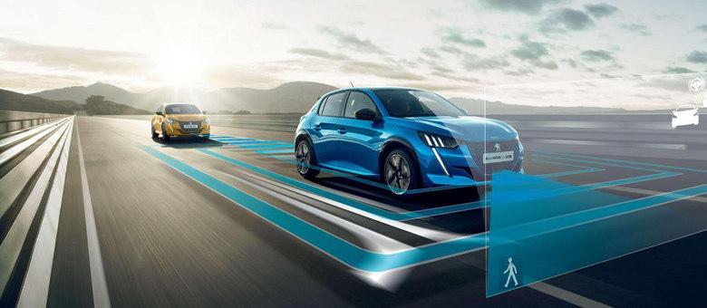 Alerta e frenagem automática de emergência funciona em estradas e integra Peugeot Driver Assist