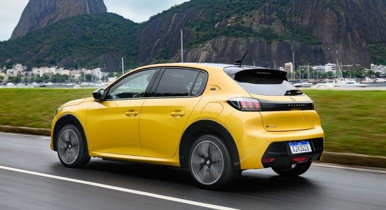 Hatchback elétrico tem design igual a versão a combustão