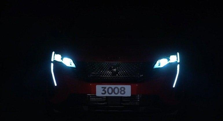 SUV adota elementos visuais do 208