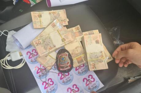 Polícia apreendeu R$ 30 mil que seriam usados para compra de votos