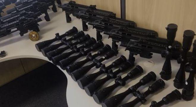 Armas eram importadas ilegalmente do Paraguai e distribuídas no Brasil