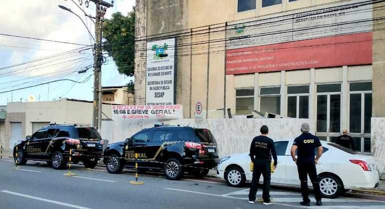 PF realiza operação contra desvio de recursos federais para tratamento da Covid em hospitais do RN