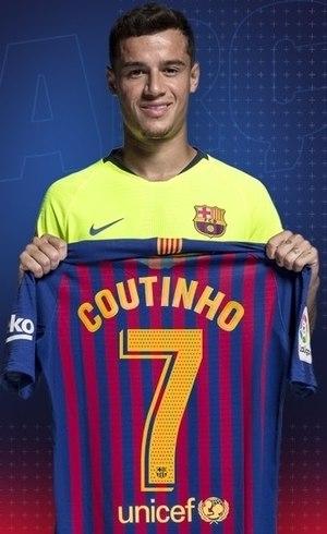 60dd579880043 Coutinho troca número de camisa e vai jogar com a 7 do Barcelona ...