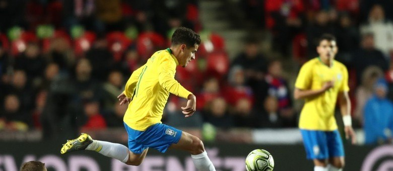 Phillipe Coutinho foi o melhor jogador do Brasil contra a Bolívia