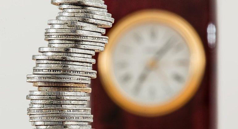 Economia desacelera, mas prévia do PIB registra sétima alta mensal consecutiva