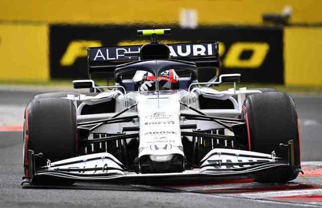 Pierre Gasly enfrentou problemas no carro, não marcou tempo no Q3, mas larga em décimo