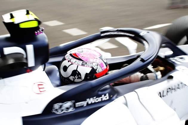 Pierre Gasly novamente ficou entre os dez primeiros, fechando o top-10 do dia em Spa