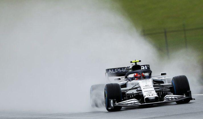 Pierre Gasly perdeu todo o TL1 nos boxes e foi obrigado a sair no TL2 para testar o carro