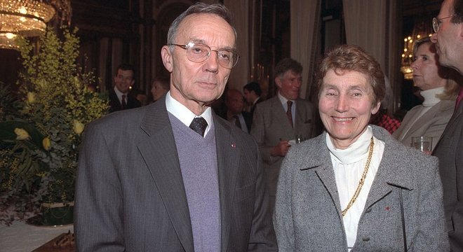 Irene e Frédéric tiveram dois filhos, que também se dedicaram à ciência. Helene é uma renomada física nuclear, e Pierre é biólogo