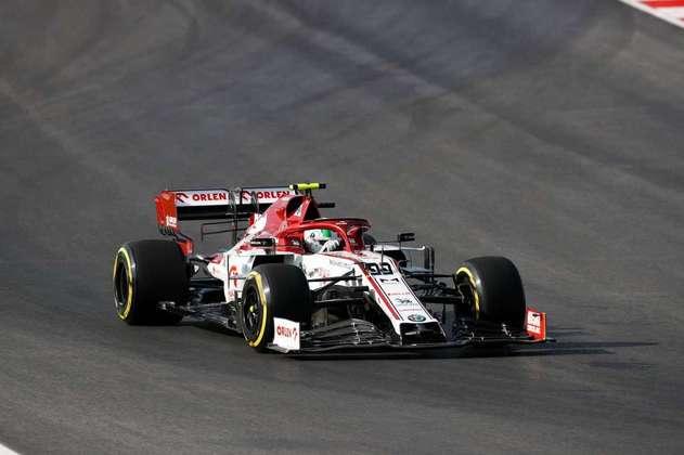 Piloto levou a Alfa Romeo ao 13º posto ao fim da sexta-feira.