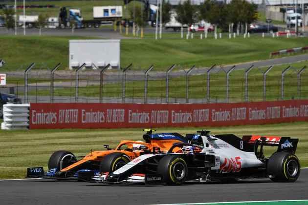 Piloto se envolveu em polêmica com Romain Grosjean, que fez movimento ilegal ao tentar ultrapassar