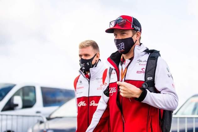 Piloto tem contrato até o fim de 2020, mas é cotado para permanecer na Alfa Romeo
