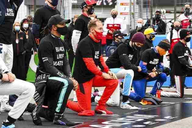 Pilotos mantiveram manifestação contra o racismo antes da corrida