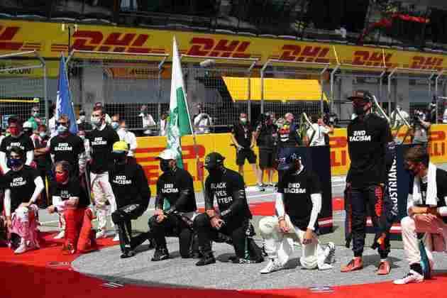 Pilotos novamente protestaram contra o racismo antes da corrida
