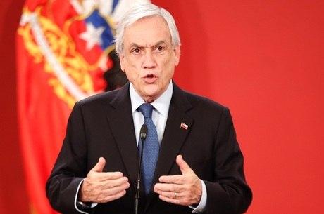 Piñera reconhece violação de direitos humanos