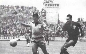 ... A numeração oficial de camisas começou na Copa de 1954 e o primeiro do  Brasil foi ... b13697fdd8946