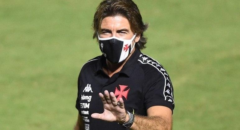 Pinto Sá foi aconselhado a não aceitar assumir o Vasco no meio da temporada