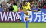 Marta é a jogadora de futebol mais vezes escolhida como Melhor do Mundo... A Rainha foi escolhida seis vezes, 2006, 2007, 2008, 2009, 2010 e 2018