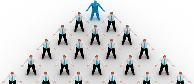 É preciso ficar atento aos sinais que caracterizam uma pirâmide financeira