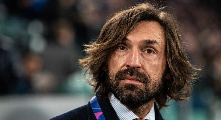 Andrea Pirlo, o treinador da Juve, um ex-Milan