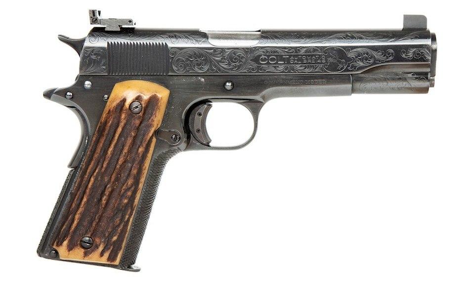 Pistola automática calibre .45 favorita do mafioso será leiloada