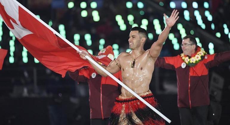 Pita Taufatofua, o Besuntado de Tonga da Rio 2016, competirá no taekwondo
