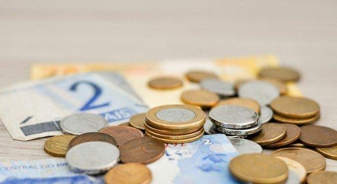 Em abril, os depósitos líquidos somaram R$ 30,459 bilhões