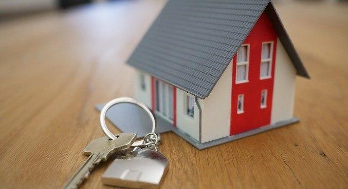 Donos de imóveis e inquilinos devem manter negociação de valor do aluguel