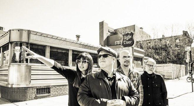 """Pixies lança EP com faixas não lançadas no disco """"Beneath The Eyrie"""""""