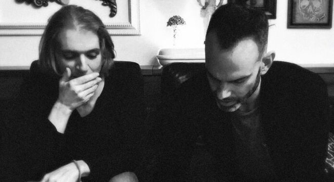 Placebo assina contrato para novo disco