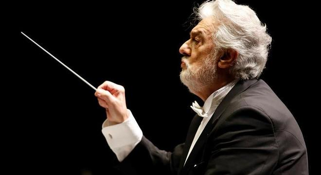 Placido Domingo foi diagnosticado com coronavírus