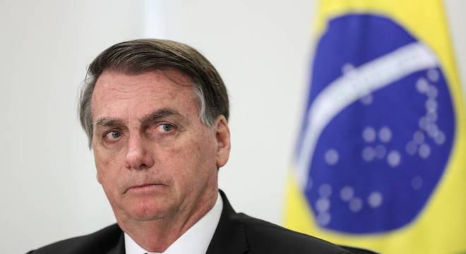 Bolsonaro inclui academias e salões de beleza como serviços ...