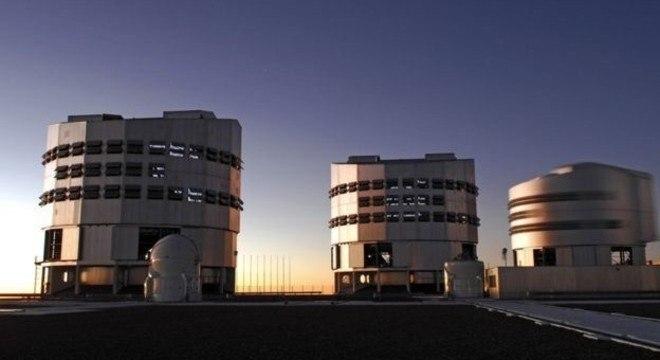 Astrônomos usaram o Very Large Telescope - VLT- no Chile para observar o sistema planetário distance