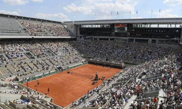 Plano para os Jogos Olímpicos de Paris, em 2024. O tênis, é claro, será disputado no saibro de Roland Garros.