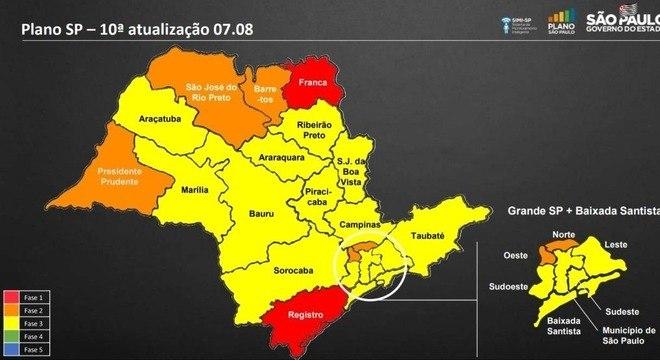 Cidades de SP não avançam nem regridem em plano de reabertura