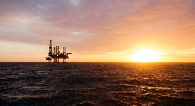 Brasil tem 17 refinarias de petróleo e treze pertencem à Petrobras