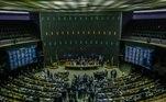 DF - SANEAMENTO BÁSICO/MARCO REGULATÓRIO - POLÍTICA - Vista do plenário da Câmara dos Deputados, em Brasília, em dia de sessão extraordinária para votar o projeto que atualiza o marco legal do saneamento, nesta quarta-feira, 11. A proposta abre espaço para a iniciativa privada atuar com mais força na exploração dos serviços de saneamento. 11/12/2019 - Foto: GABRIELA BILó/ESTADÃO CONTEÚDO