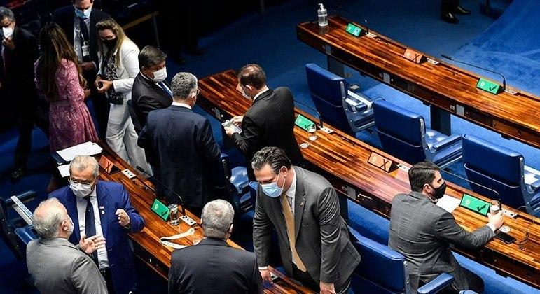 Proposta foi alterada pelos senadores, mas há dúvida sobre a manutenção das mudanças no retorno do texto à Câmara