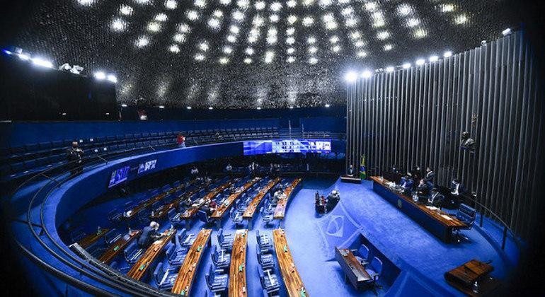 Após aprovação no Senado, proposta será analisada pela Câmara dos Deputados