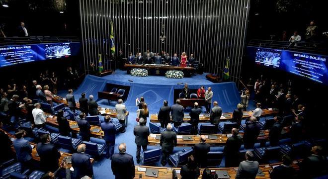 Plenário do Senado durante sessão solene aos 65 anos da RecordTV